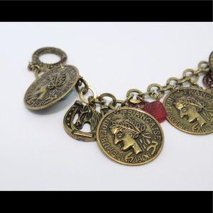 Jewelry - 🚨 5/$20 Vintage horseshoe Bracelet